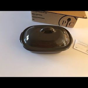 NEW IN BOX Pampered chef mini deep dish baker